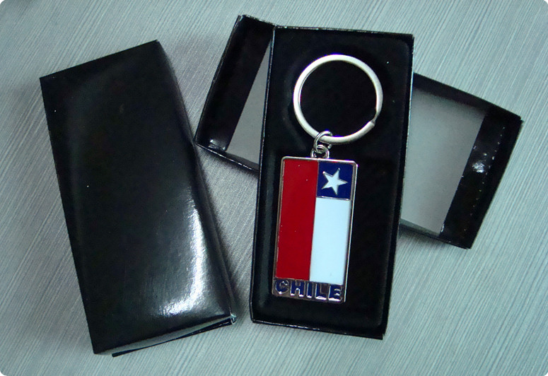 Chile  zinc alloy color enamel key chain
