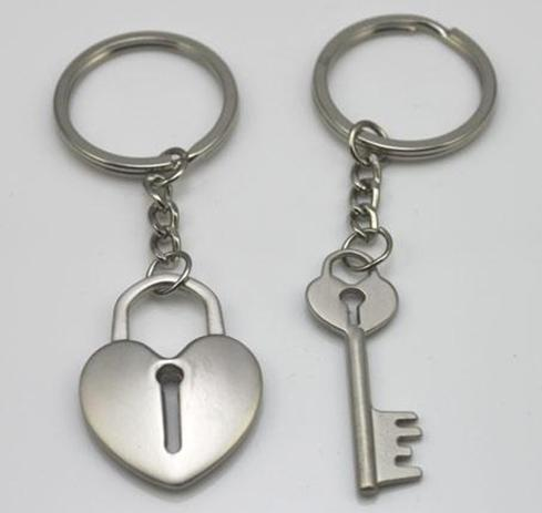 Metal key chain for lover