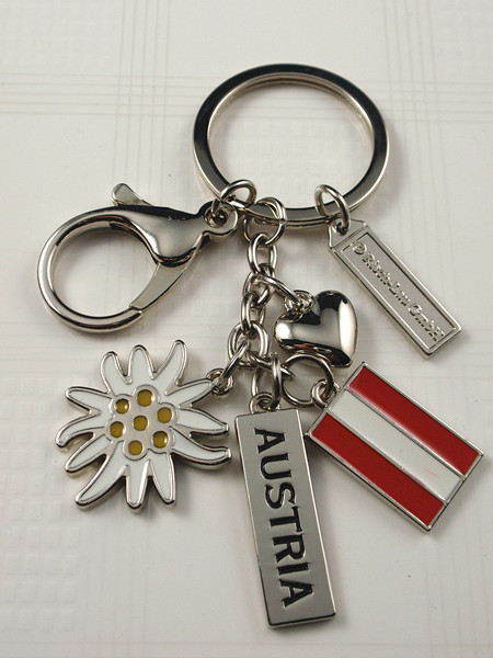 Key chain with Austria logo