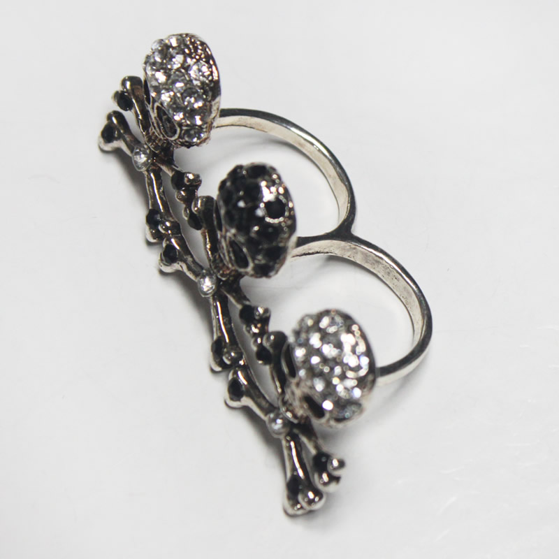 Fashion jewelry -Skull shaped double finger ring