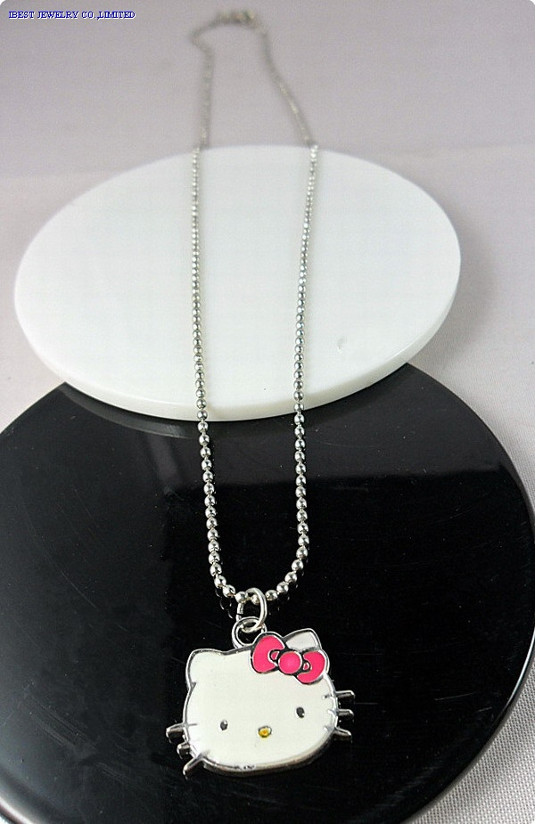 Hello Kitty Metal necklace