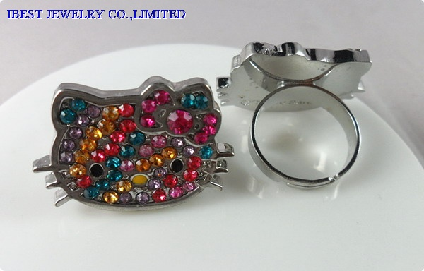 Hello Kitty rhinestone zinc alloy ring