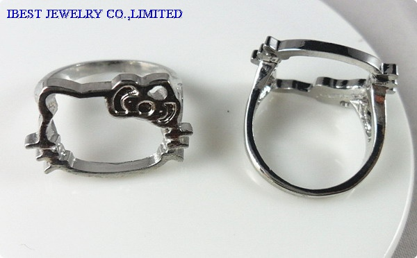 Hollow Hello Kitty zinc alloy ring