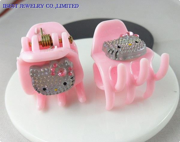 Hello Kitty plastic hair claw